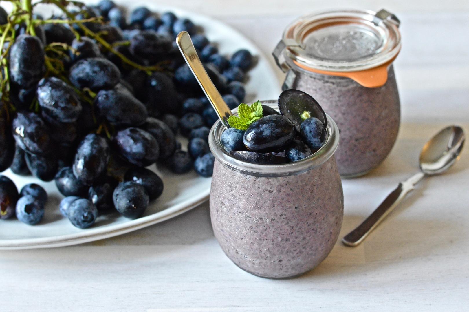 Black grape chia puddings