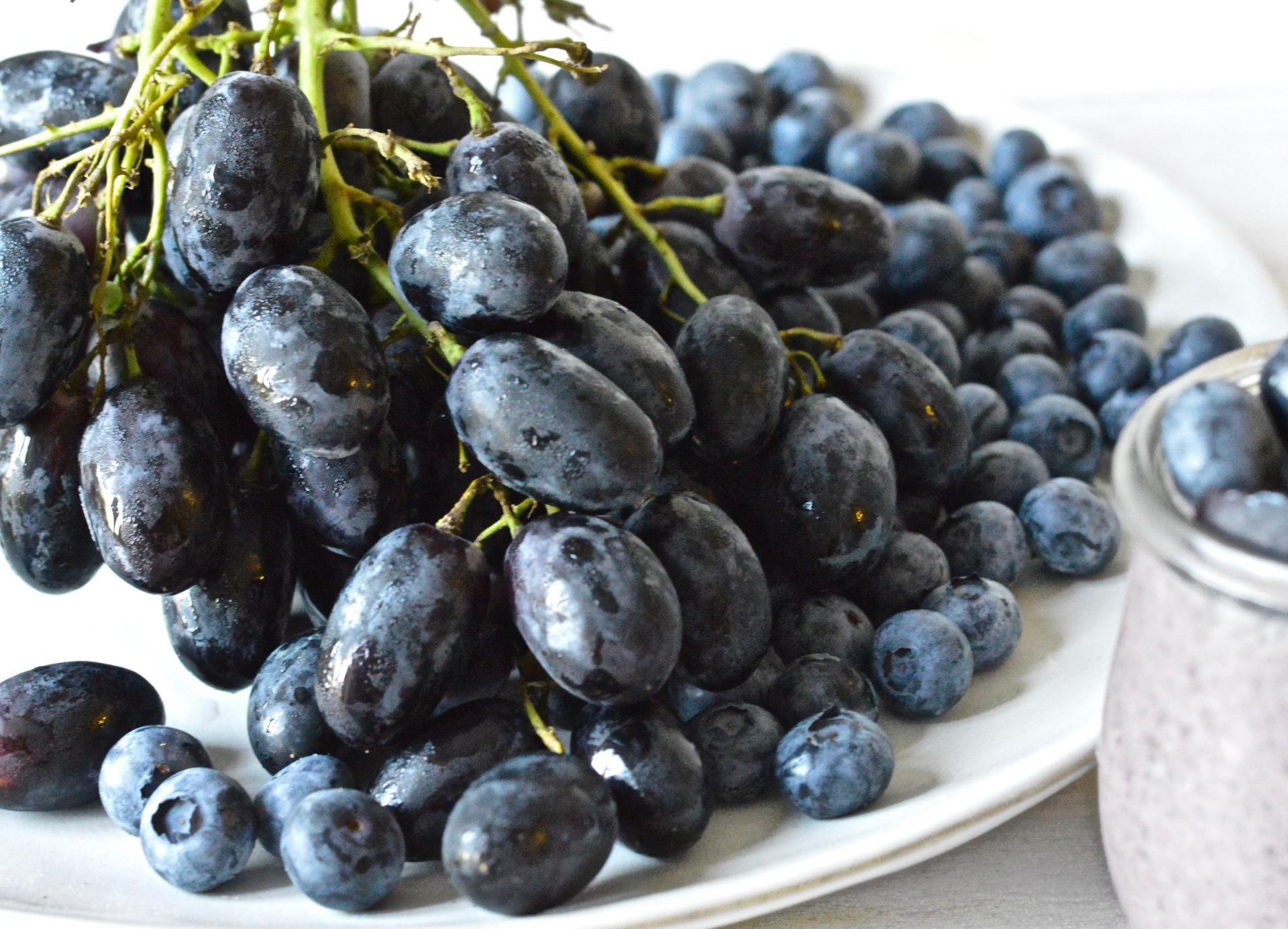 Black magic grape chia puddings