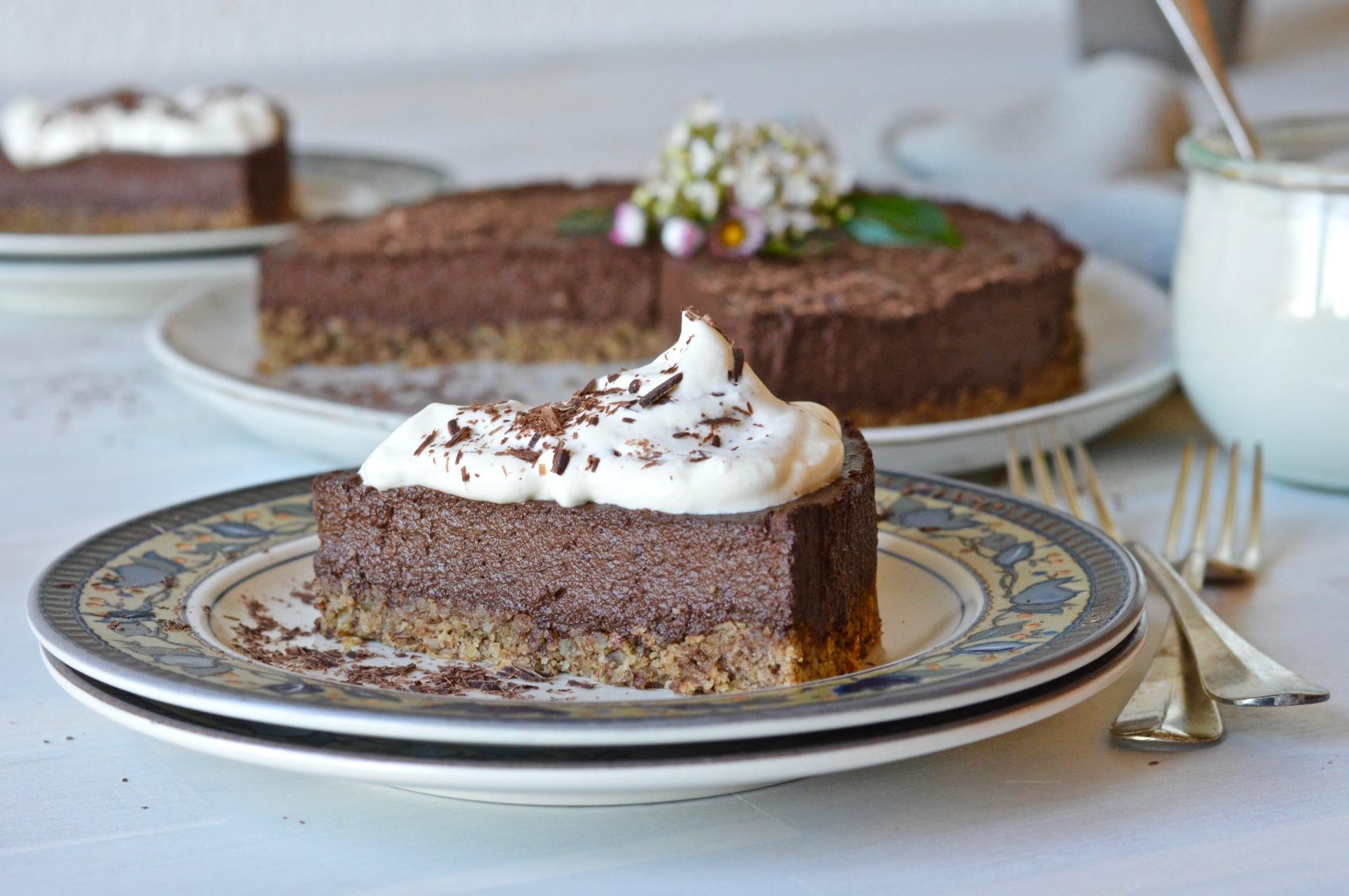 Raw plant-based chocolate pie.