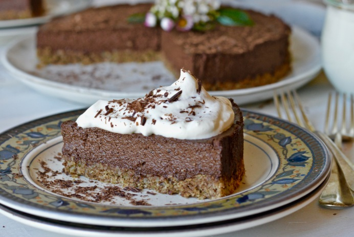 Plant-based chocolate pie