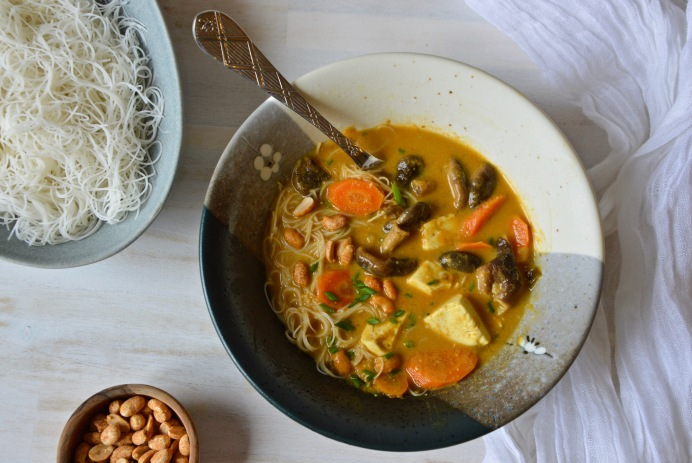 Spicy Thai peanut soup