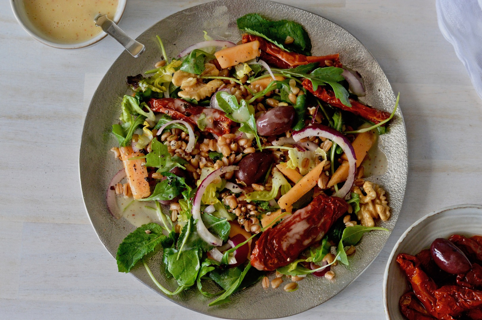 Farro, arugula and cantaloupe salad